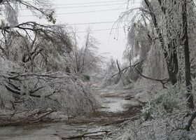 How To Prepare For Days (Or Weeks) Without Electricity After Bad Weather Strikes