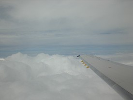 clouds_from_plane_02.jpg