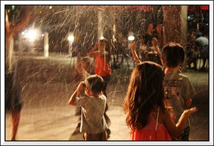 fake-snow-photo-by-lel4nd.jpg