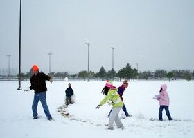Fun Things To Do With Kids In The Snow