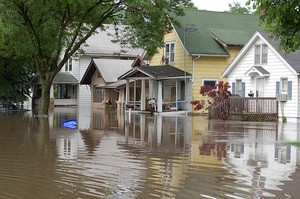 10 Tips For Making Flood Cleanup Safer & Easier