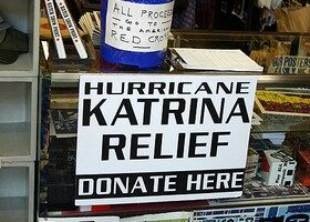 Katrina Photos: Everyday People Helping Hurricane Katrina Victims