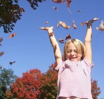 4 Fun Fall Activities For Kids & Ways To Enjoy The Autumn Weather With Your Children
