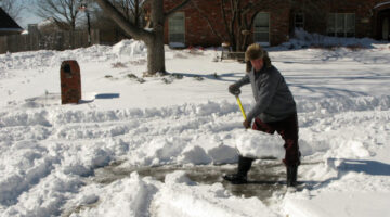 How To Prevent A Heart Attack When Snow Shoveling – Tips That Could Save Your Life!