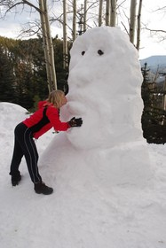 snowman-snow-sculpture-by-Rob-Lee.jpg