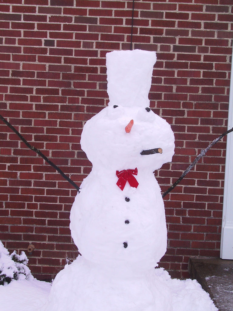 Interesting Snowman Photos Fun Amp Unusual Ways To Build