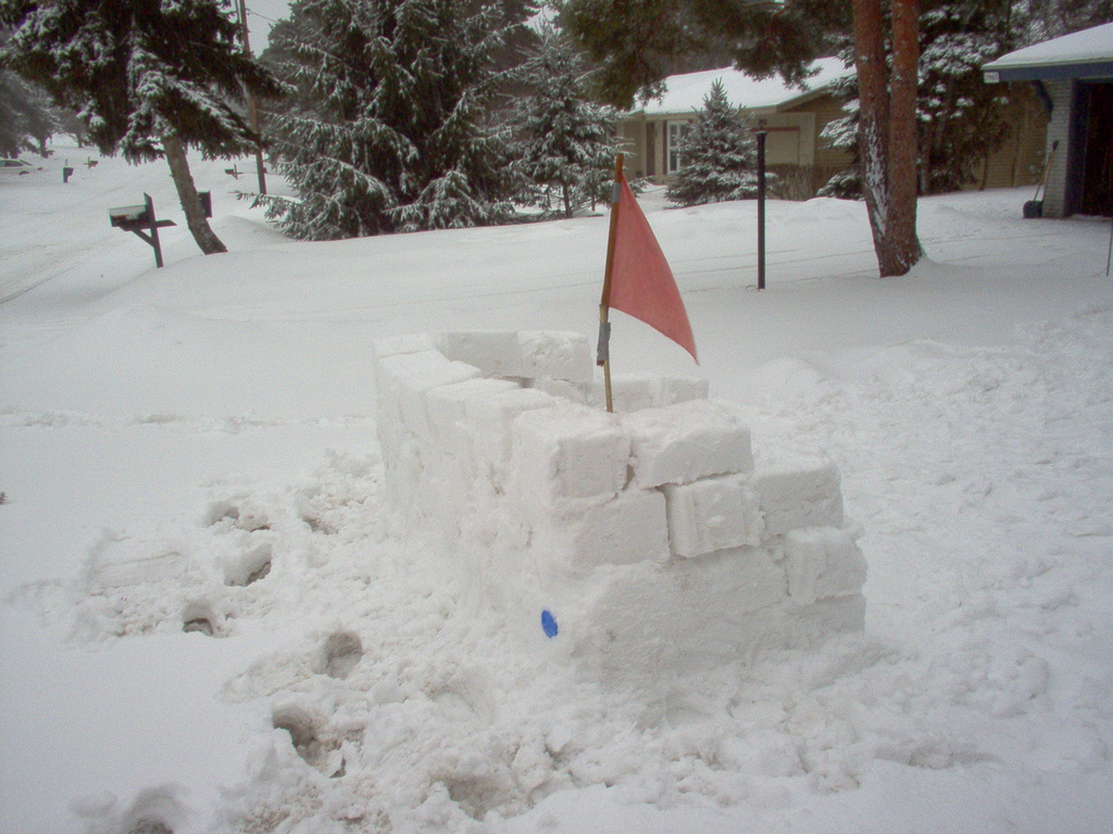 How To Build A Snow House Or Snow Fort With Kids The
