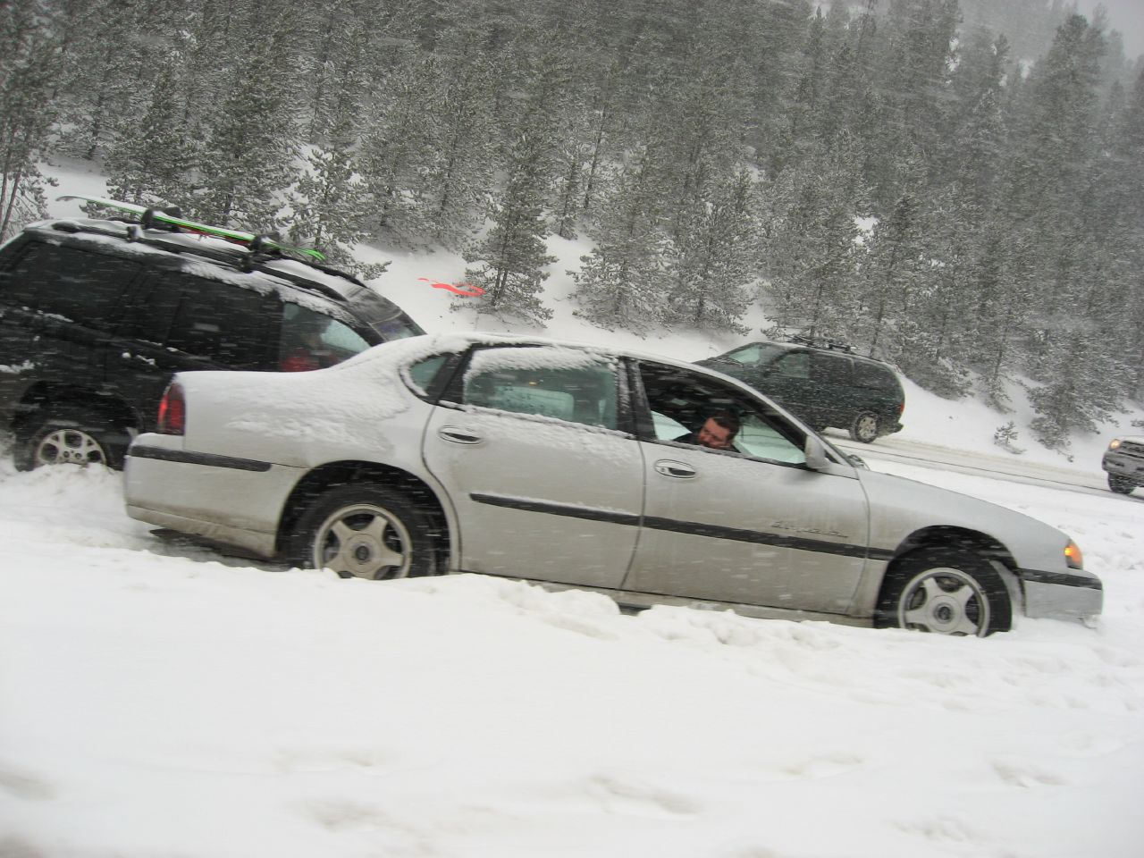 How To Survive A Blizzard If Your Car Gets Stuck In Snow